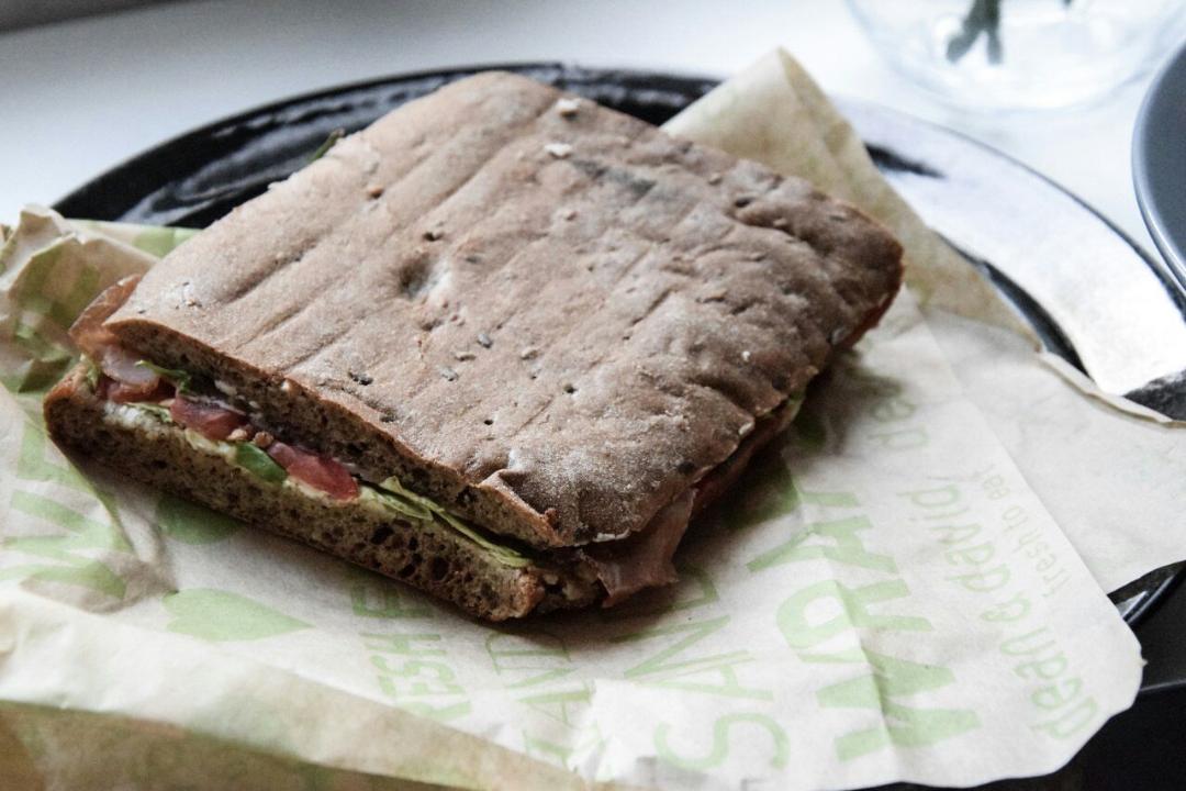 Sandwich aus dem Lokal Dean & David.